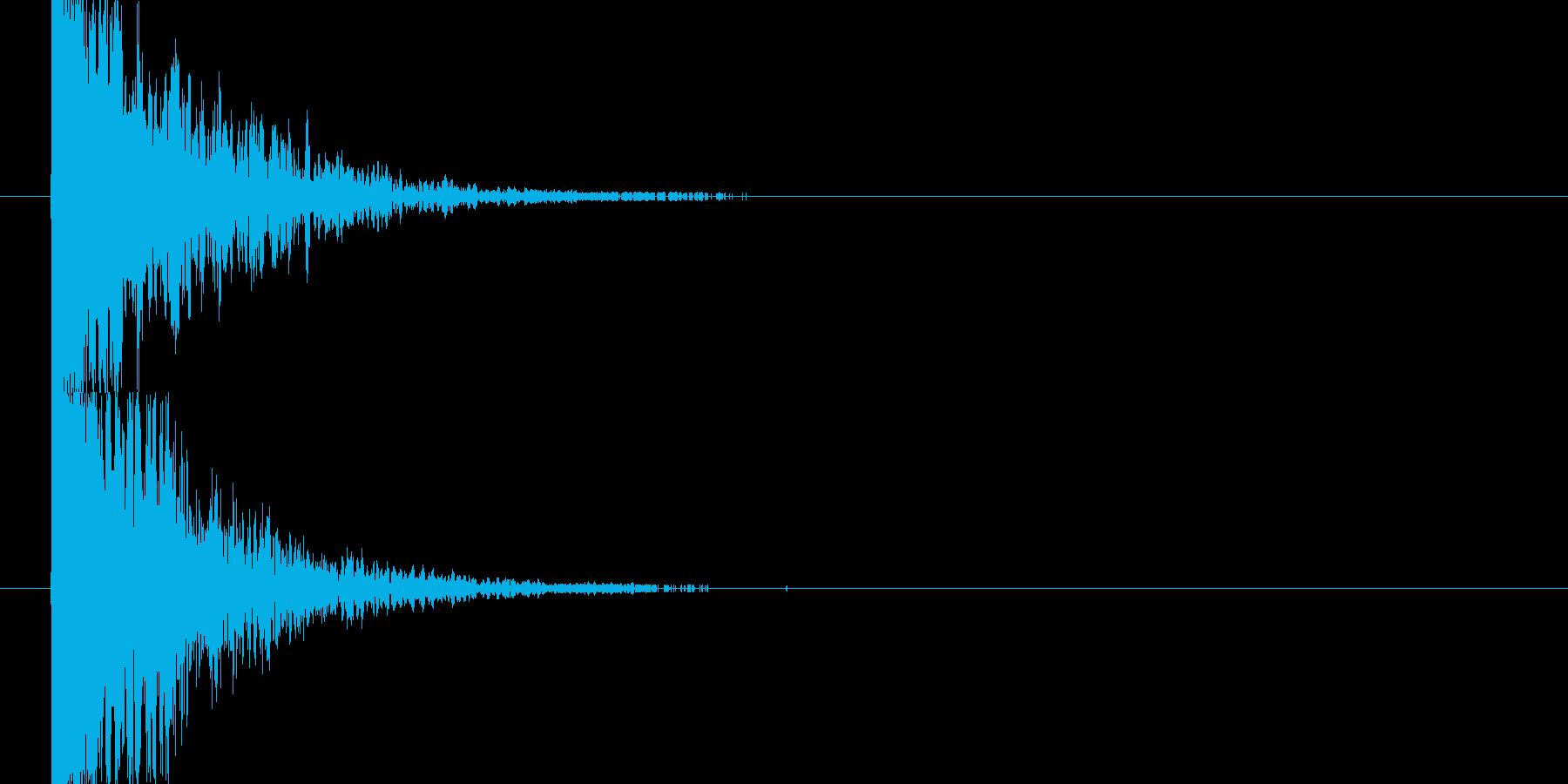 ドカーン(爆弾や雷が堕ちる音)の再生済みの波形