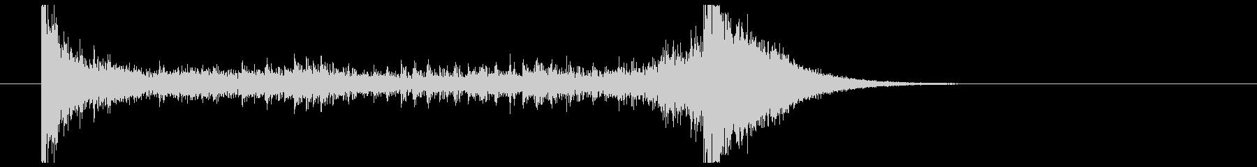 ティンパニーロール_シンバルあり(4秒)の未再生の波形