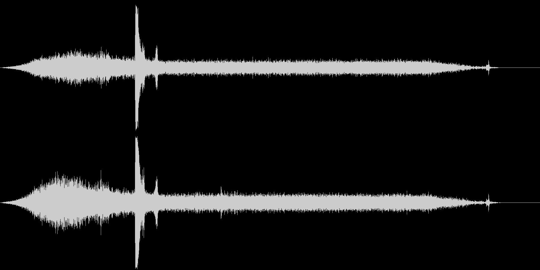 ピータービルトセミトラック:ミディ...の未再生の波形