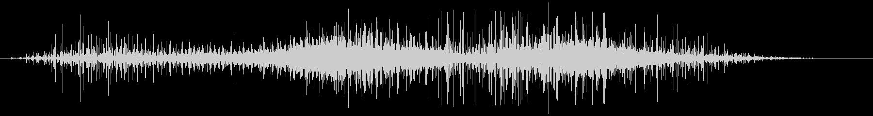 静的なヒューという音の未再生の波形