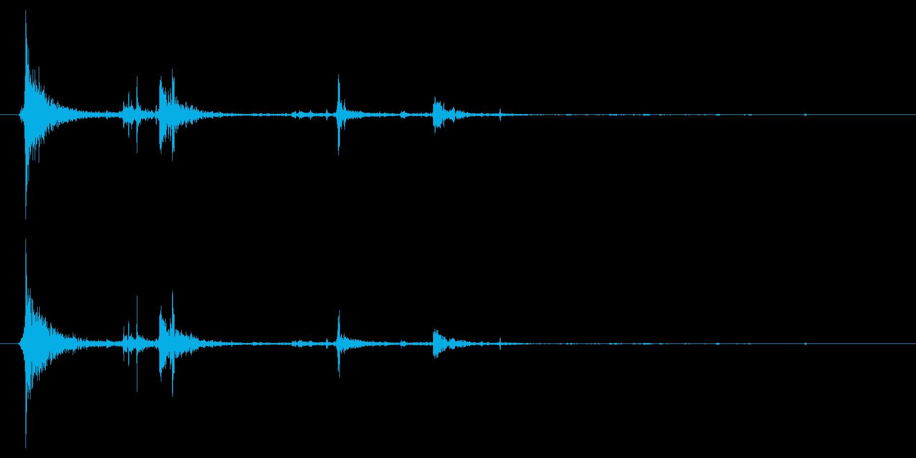水面に何かを投げて落とした音チャポン3の再生済みの波形