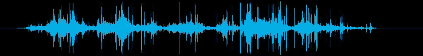 タマネギの皮をむく (カシャカシャ…)の再生済みの波形