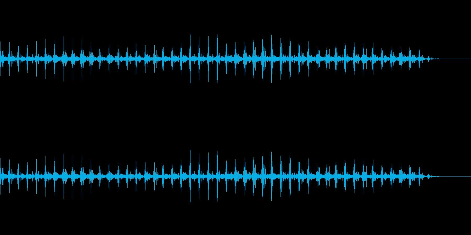 胎児の心音を医療機器で計測している音の再生済みの波形