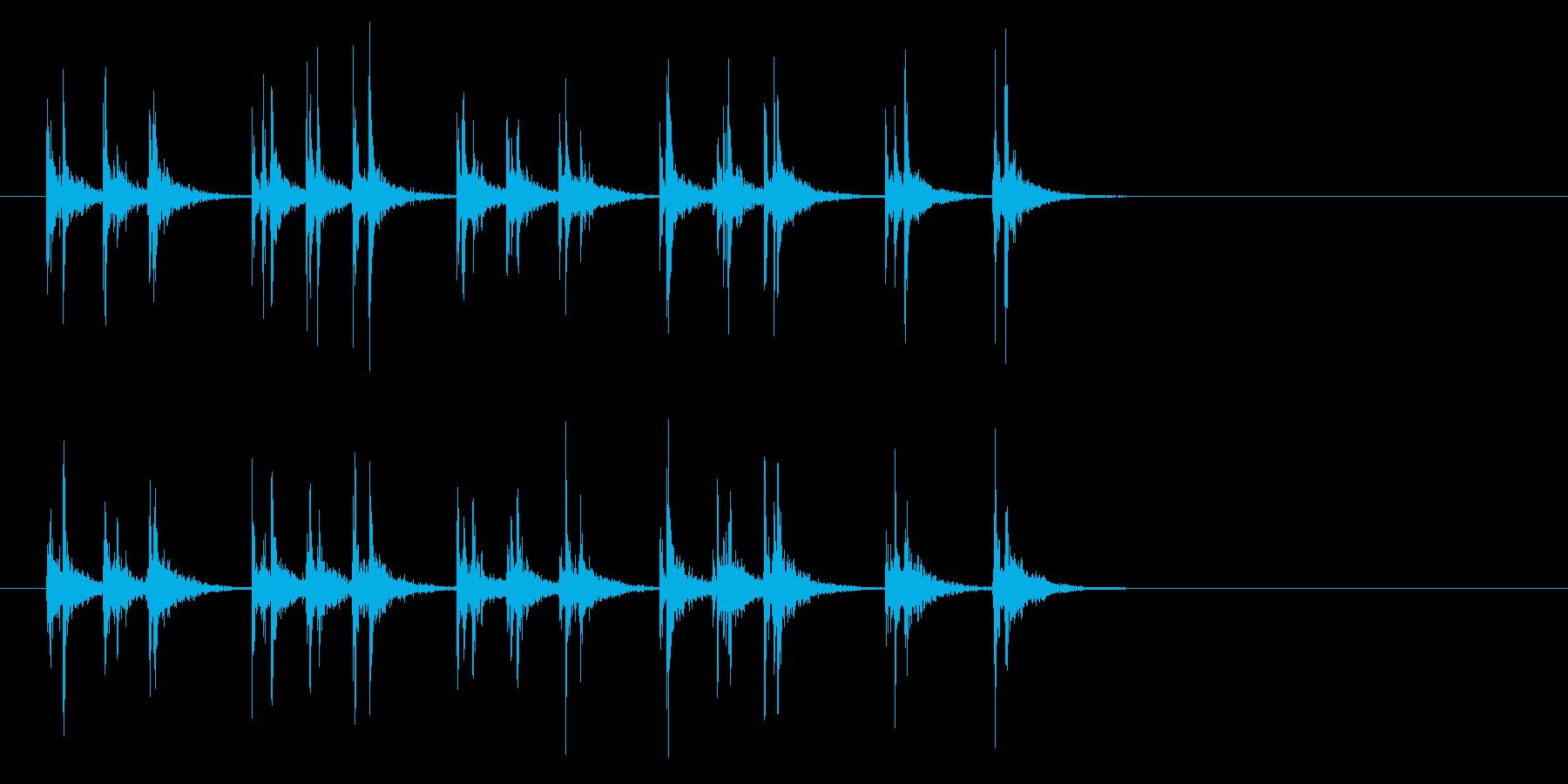 軽快なスティック同士を叩くフレーズ音の再生済みの波形