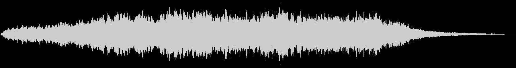 合唱団のドローンは、安定した離調で...の未再生の波形