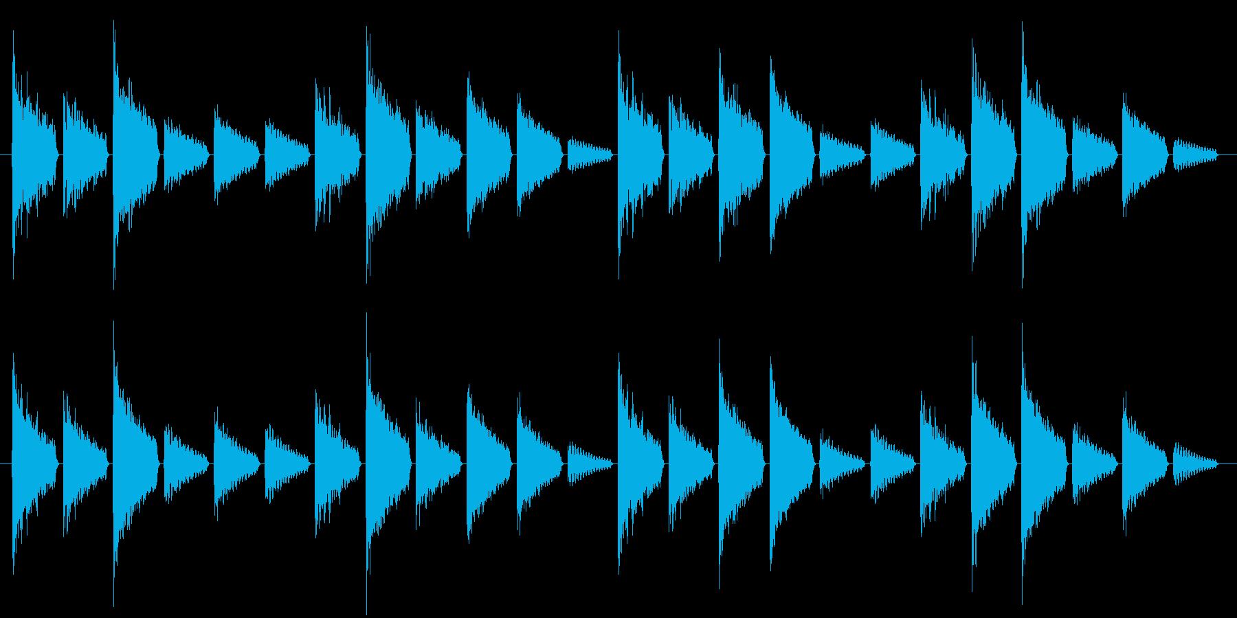 危険を知らせるアラート音(警戒度:中)の再生済みの波形
