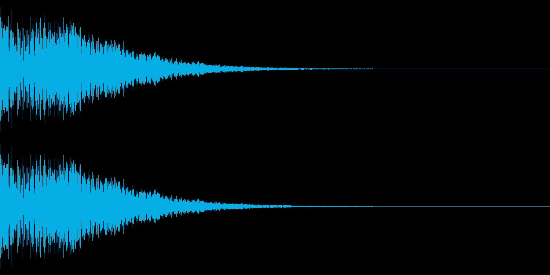 レトロゲームにありそうな衝撃、上昇音の再生済みの波形