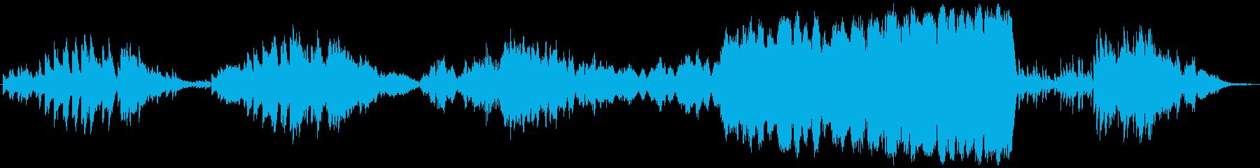 感動的な旋律のオーケストラの再生済みの波形