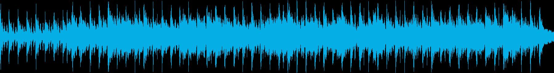 トロンボーンエンドと多くのパーカッ...の再生済みの波形