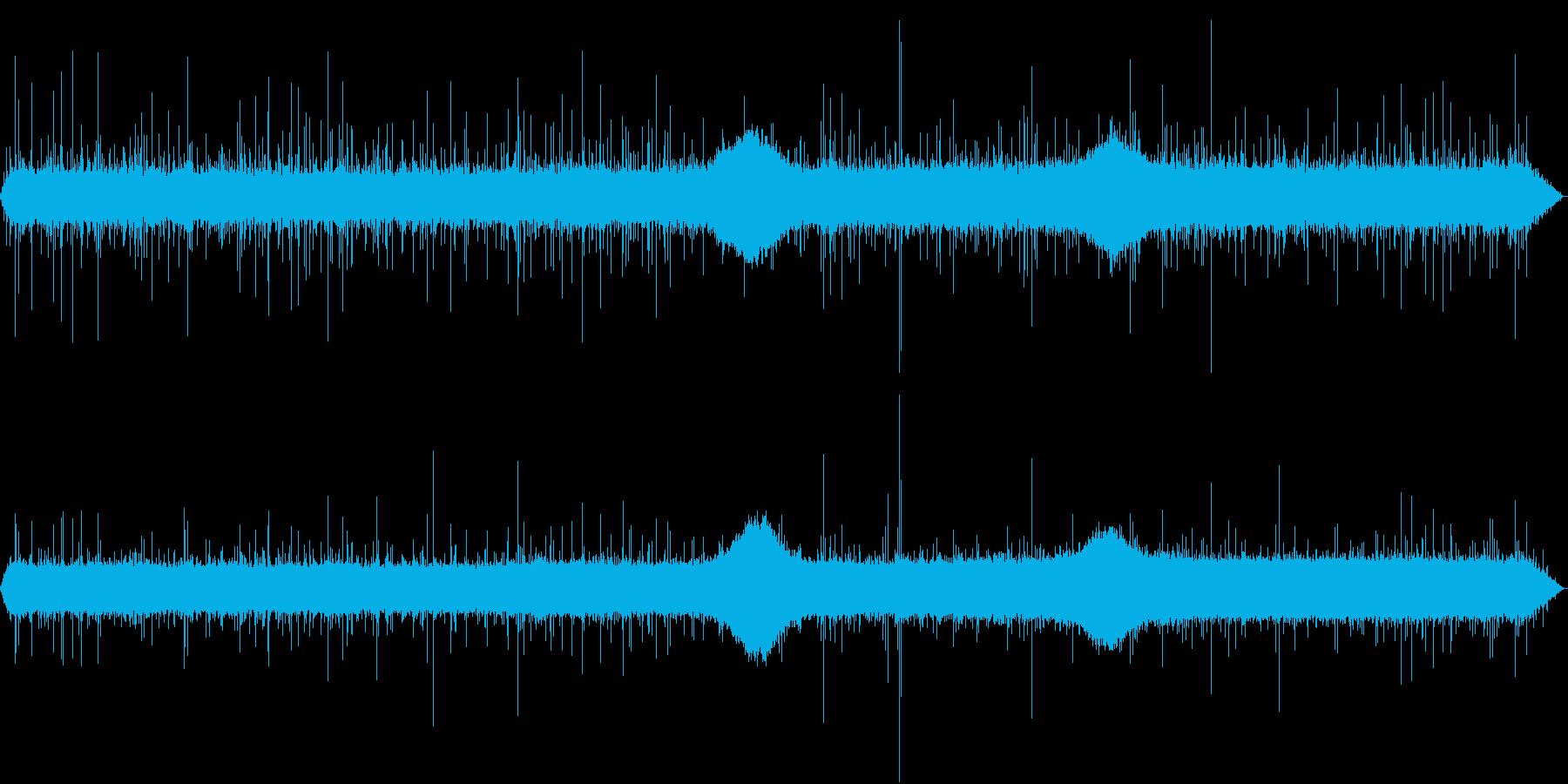 【生録音】日本 東京に降る雨の音 1の再生済みの波形
