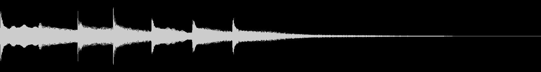 優しいピアノアルペジオ ジングルの未再生の波形