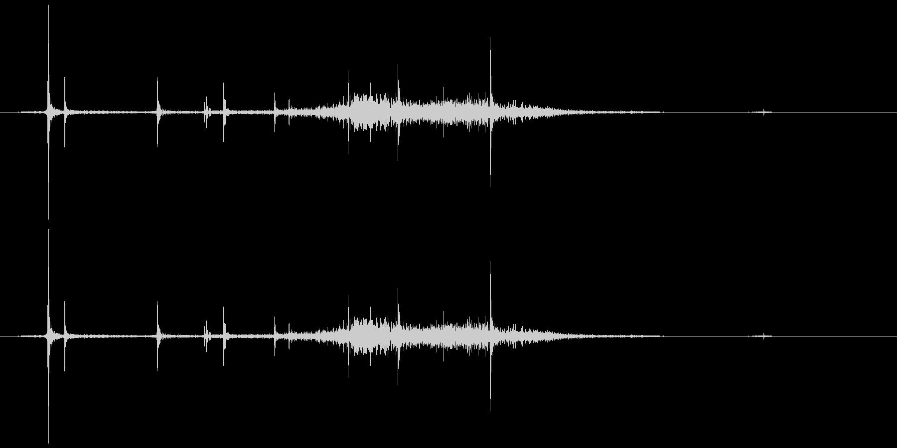 カシュ。キャップを開ける音A(炭酸入り)の未再生の波形