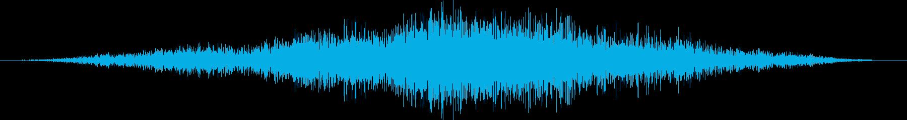 潜水艦:EXT:水中のパス、左から...の再生済みの波形