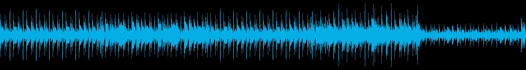 マリンバのリフが特徴の仄暗い曲の再生済みの波形