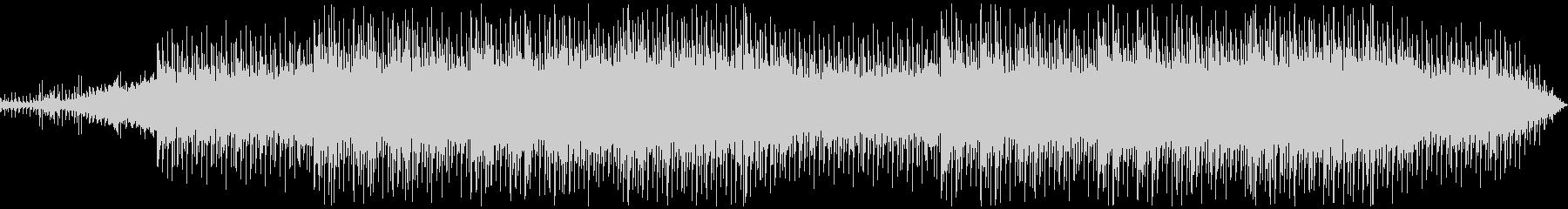 イントロから15秒で激しく始まるBGMの未再生の波形