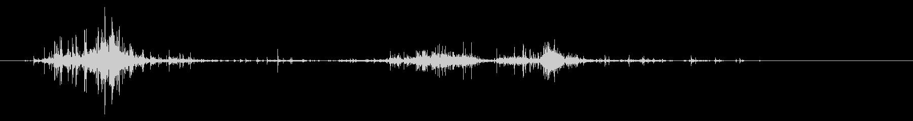 タブレッド菓子出す音・振る音18の未再生の波形