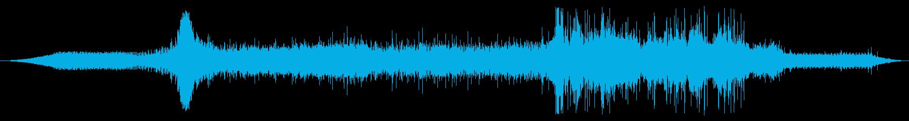 内線:オンボード:アイドル、重いト...の再生済みの波形