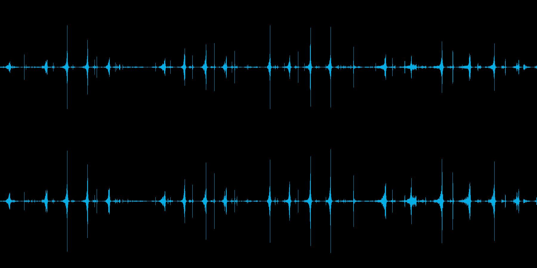 スライムを切るショリショリという音の再生済みの波形