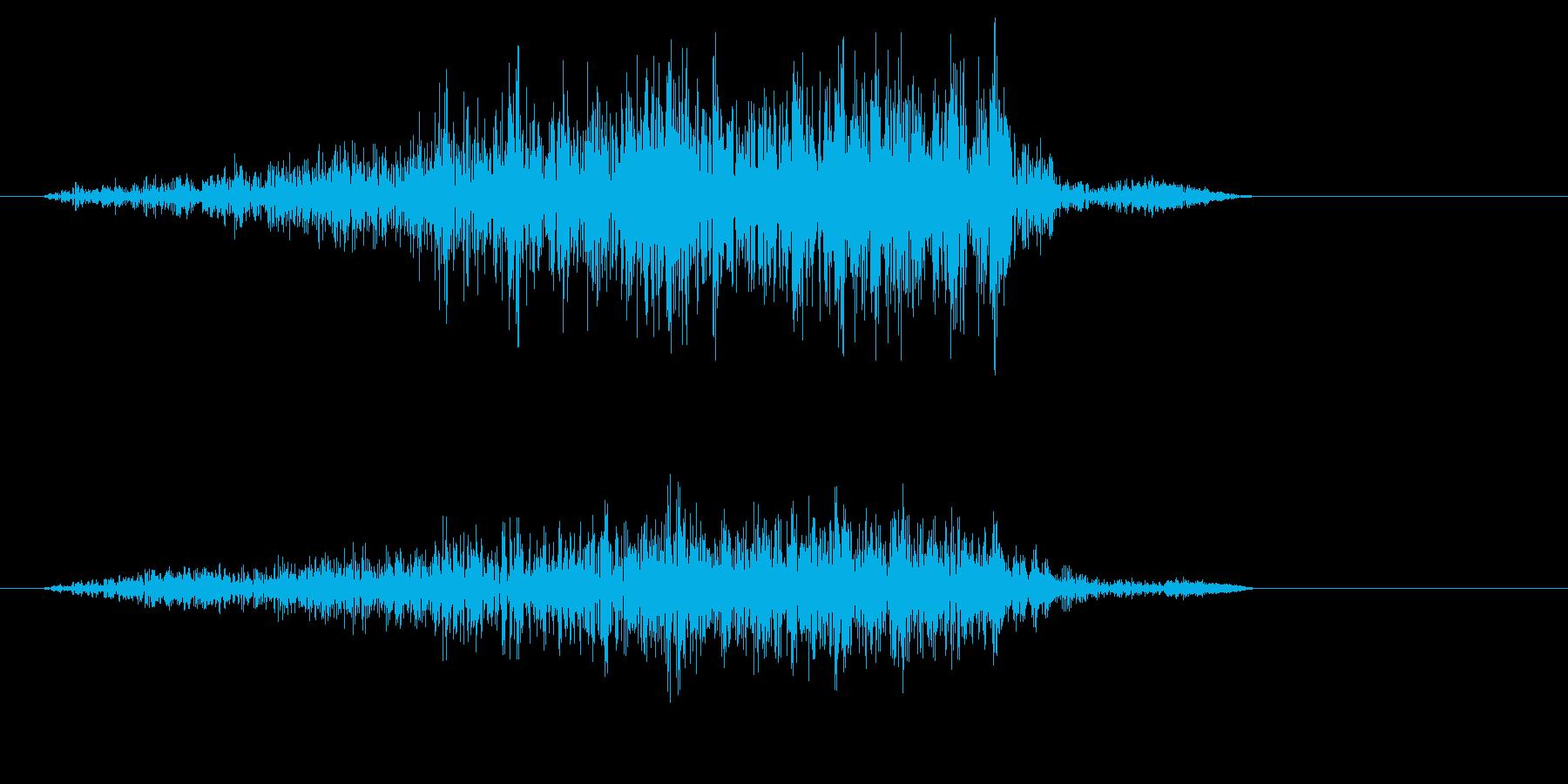 ズシャーッ(摩擦音)スコップの再生済みの波形