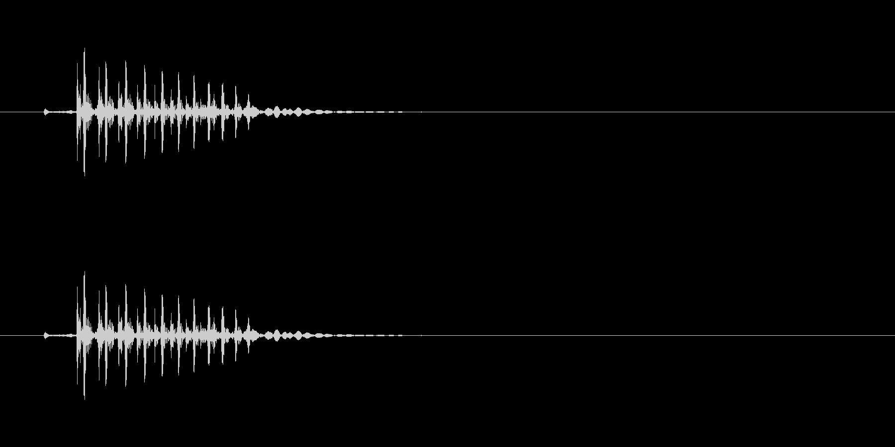 ギィッ (きしむような物音)の未再生の波形