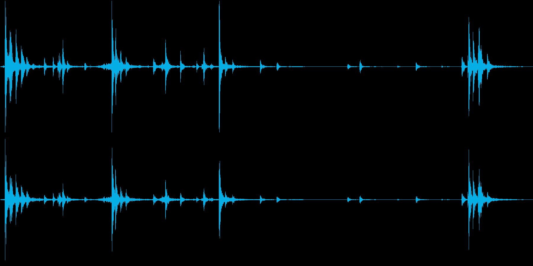 【生録音】ハンガーの音 4 整理するの再生済みの波形