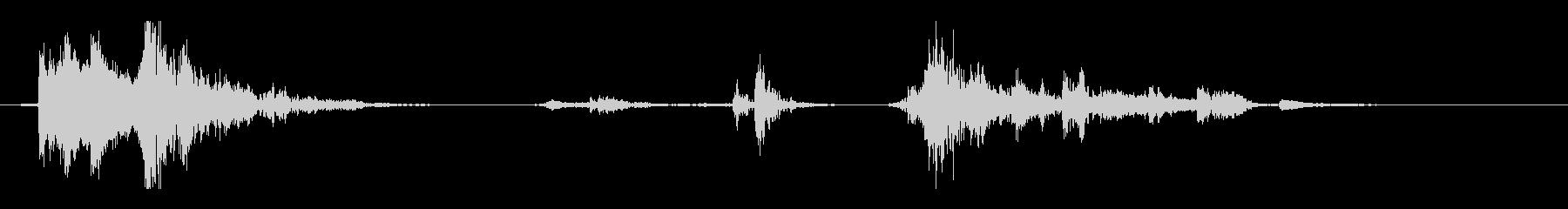 ガタガタ音の未再生の波形
