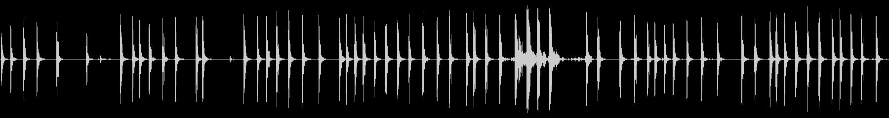 パンチングバッグヒット;低音と軽い...の未再生の波形