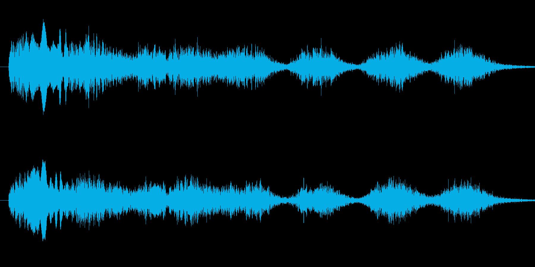 恐怖シリーズ21.怖い鳥の声(複数1)の再生済みの波形