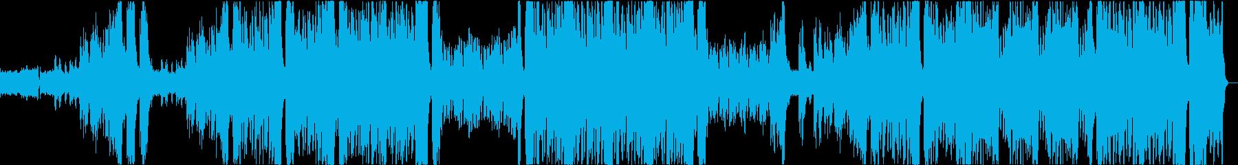 リズミカルな伴奏とゆったりしたホルンの曲の再生済みの波形