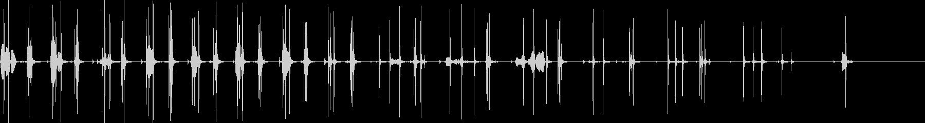 ラチェットでボルトを締める音の未再生の波形