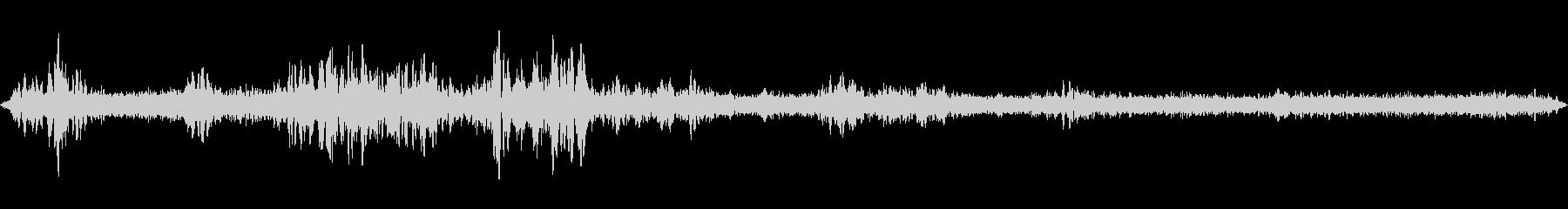虫の声と道路の音の未再生の波形