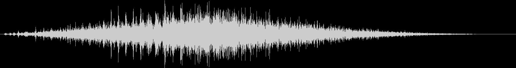「シュルシュル」石を擦った鈴の音L-Rの未再生の波形