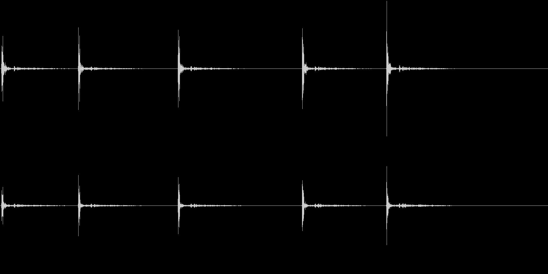 【生録音】カッターナイフの音 2の未再生の波形