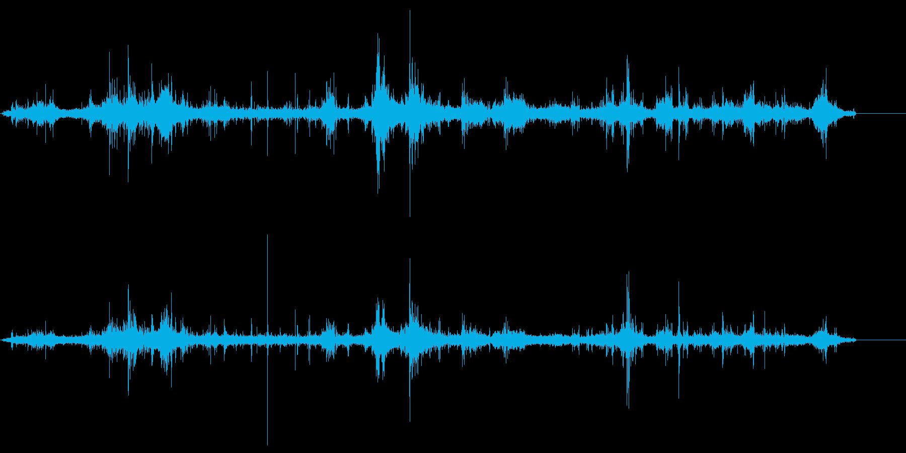 湖畔の波の音 ドボン ポチョン ザブン の再生済みの波形
