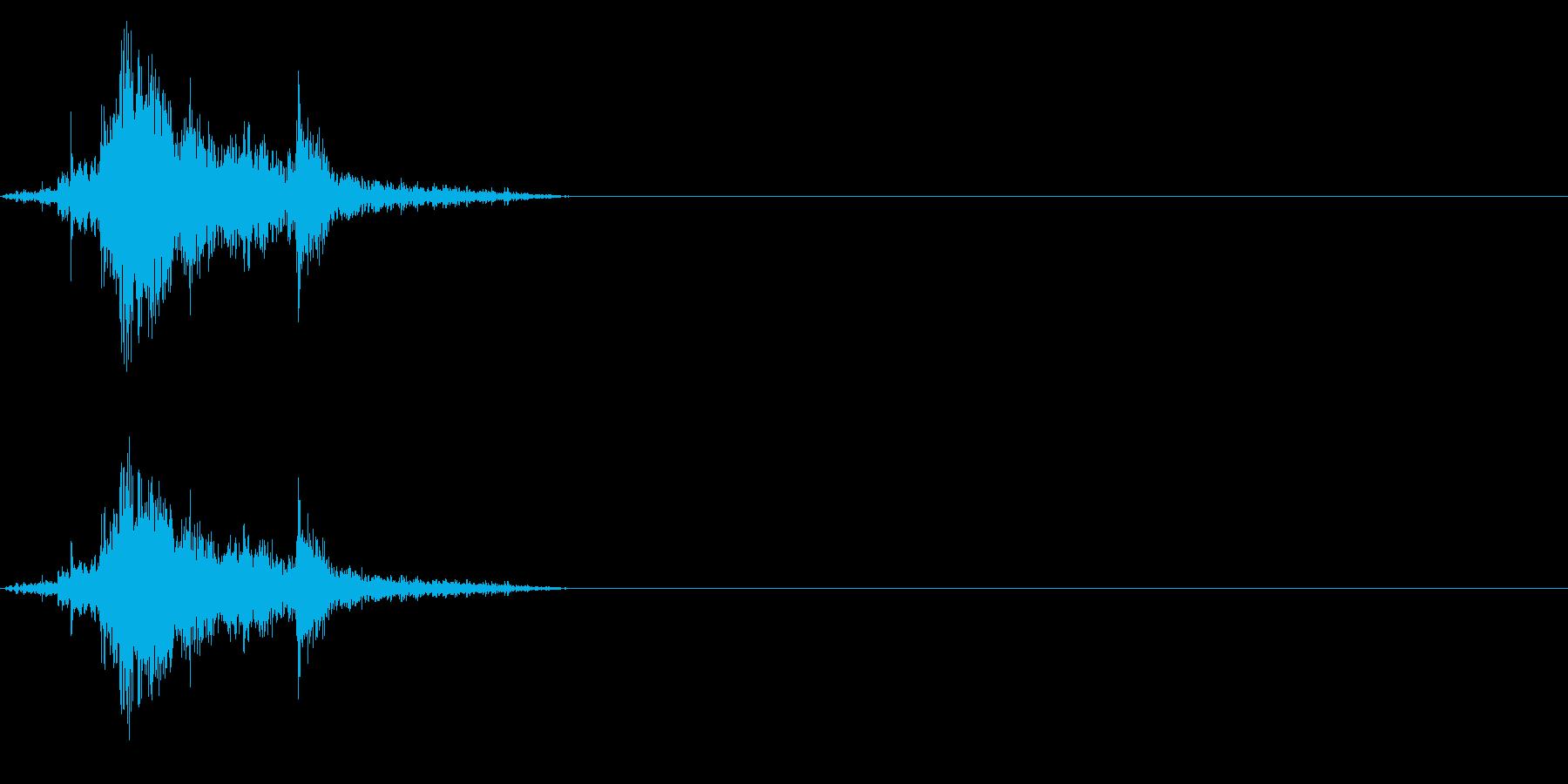 【生録音】古い木製のガラス戸を開ける音の再生済みの波形