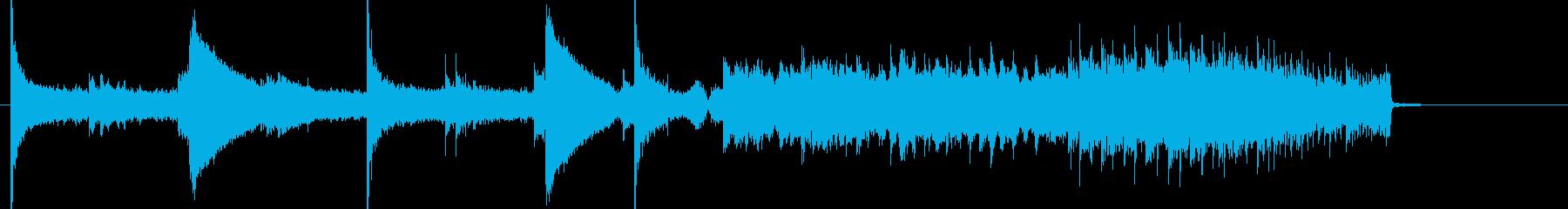 何かが始まる予感がする幻想的なシンセの曲の再生済みの波形