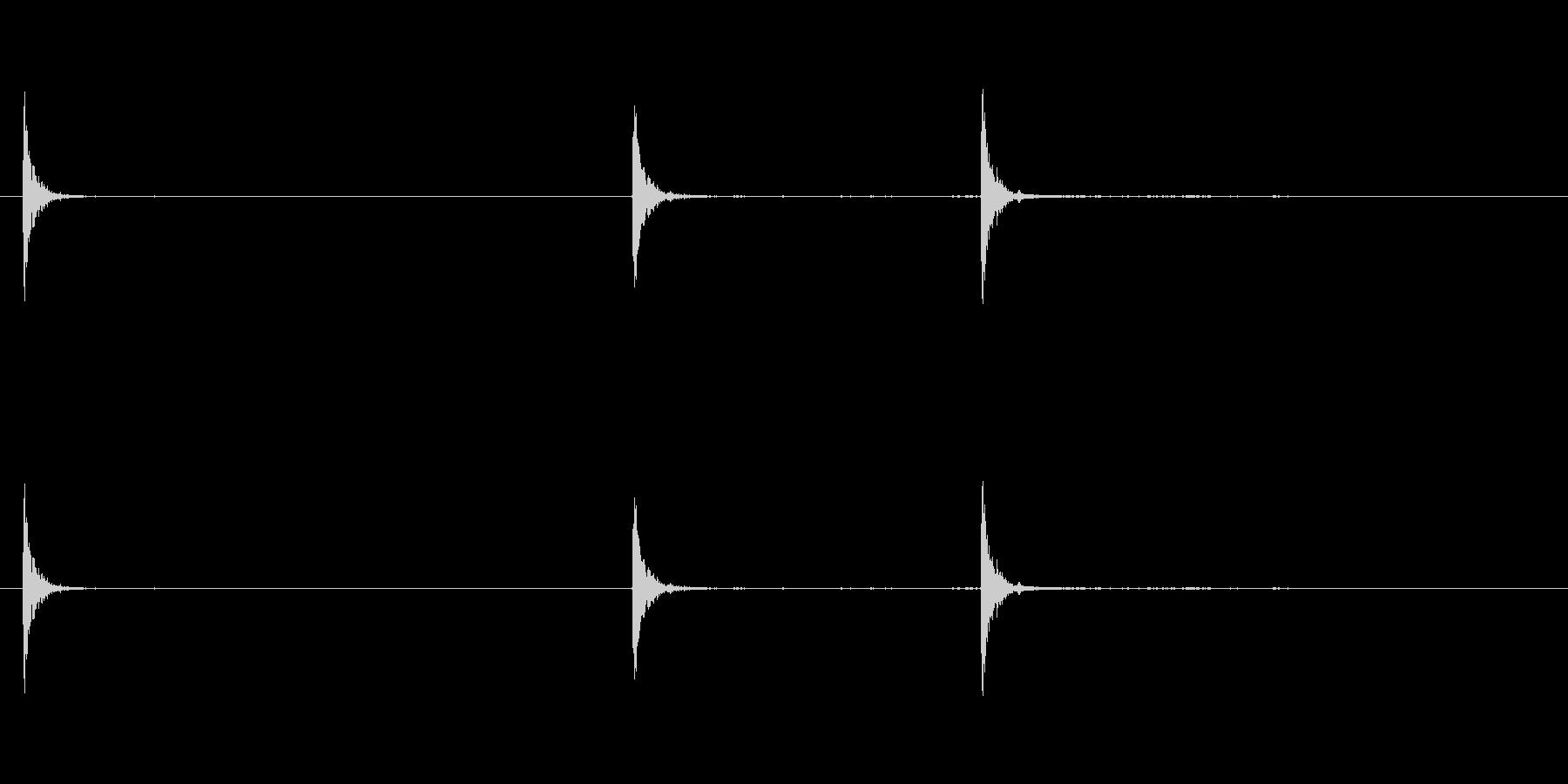 爆発16の未再生の波形