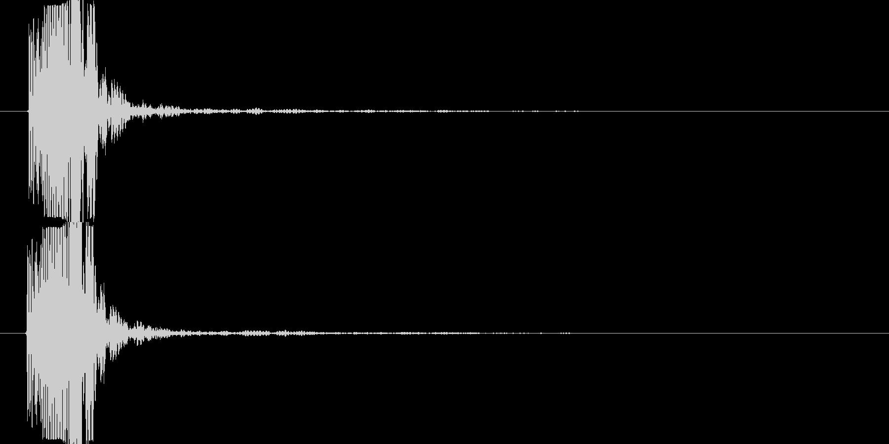 鈍い打撃音(グシャー)の未再生の波形
