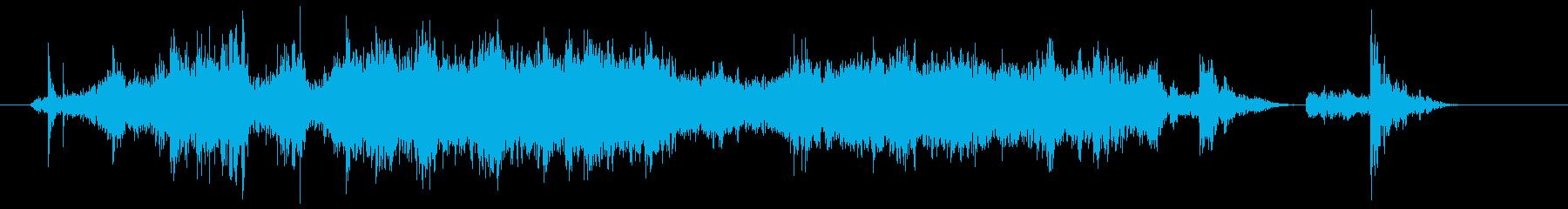 ザートン(金属製の軽い網戸を閉める音)の再生済みの波形