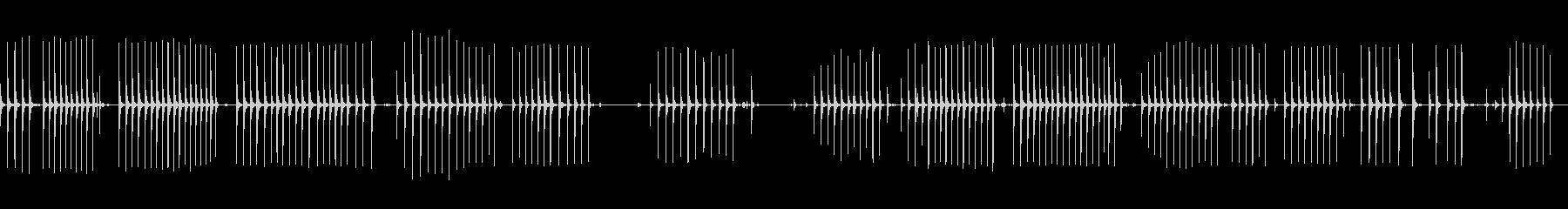 ノミとハンマーで削るその他のハンドツールの未再生の波形