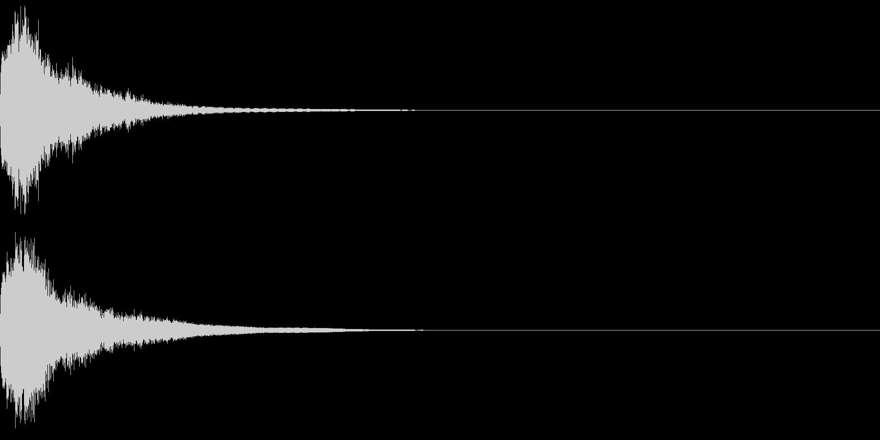 刀 一撃 キュイーン キーン 斬撃 09の未再生の波形