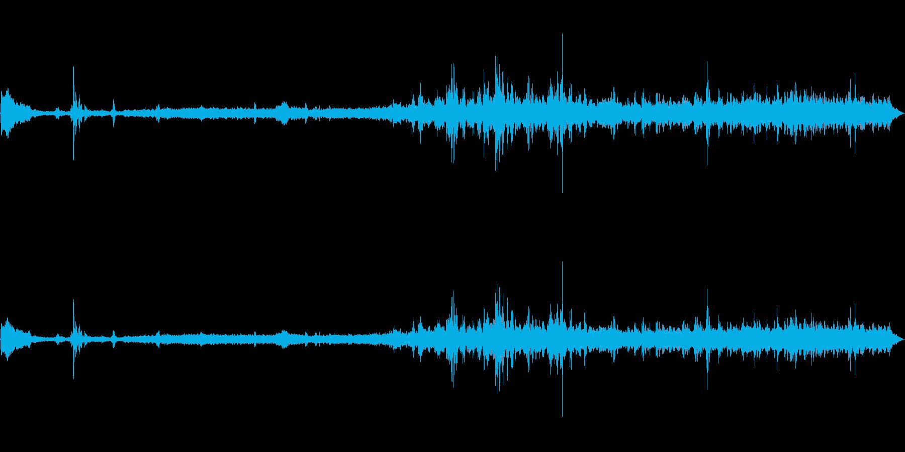 東海道線在来線車内音発車の再生済みの波形
