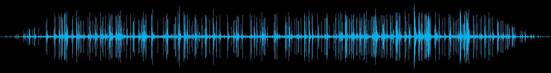 木が燃える音の再生済みの波形