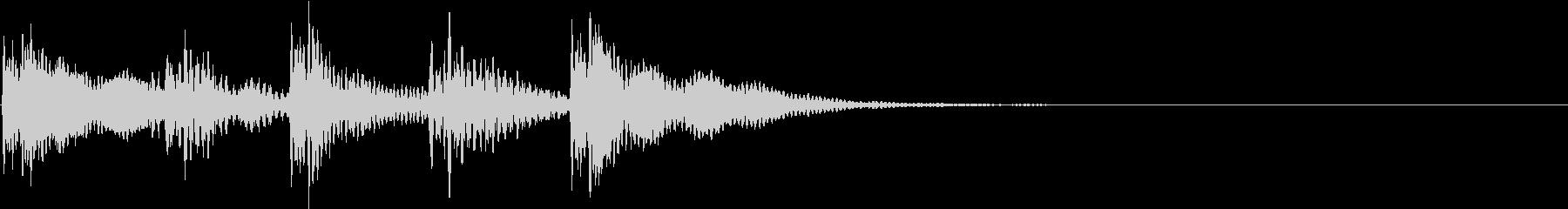 効果音|デン!ドン! [ミドル]の未再生の波形