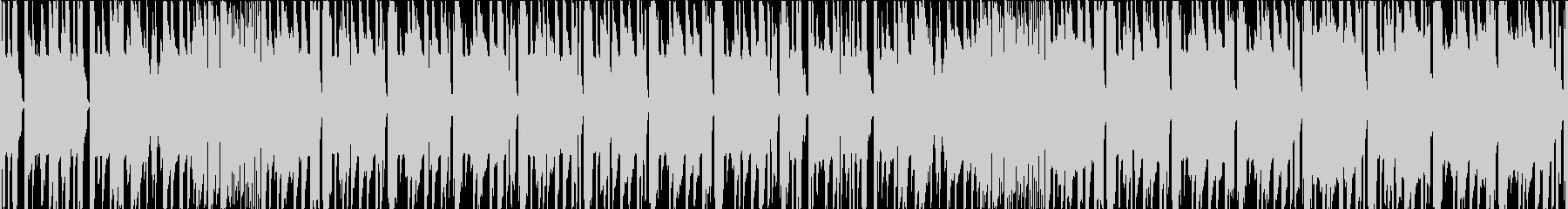 タイトなシンセと女声のミドルテンポEDMの未再生の波形