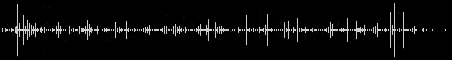 バイノーラル足音走るサンダル_左の未再生の波形
