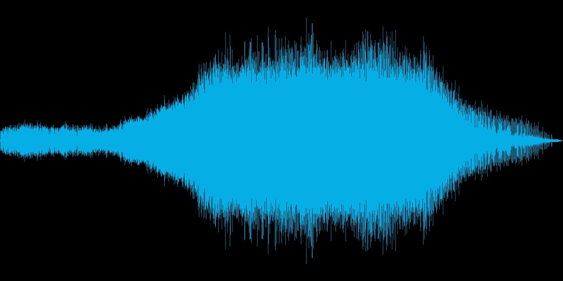 ミーン。約1分間の蝉の鳴き声の再生済みの波形