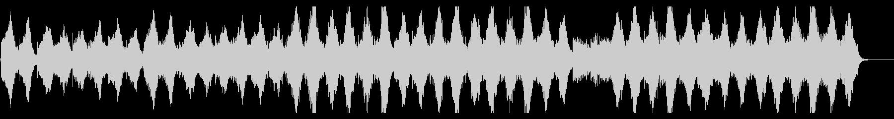 陰鬱なストリングスとエレクトロニクスの融の未再生の波形