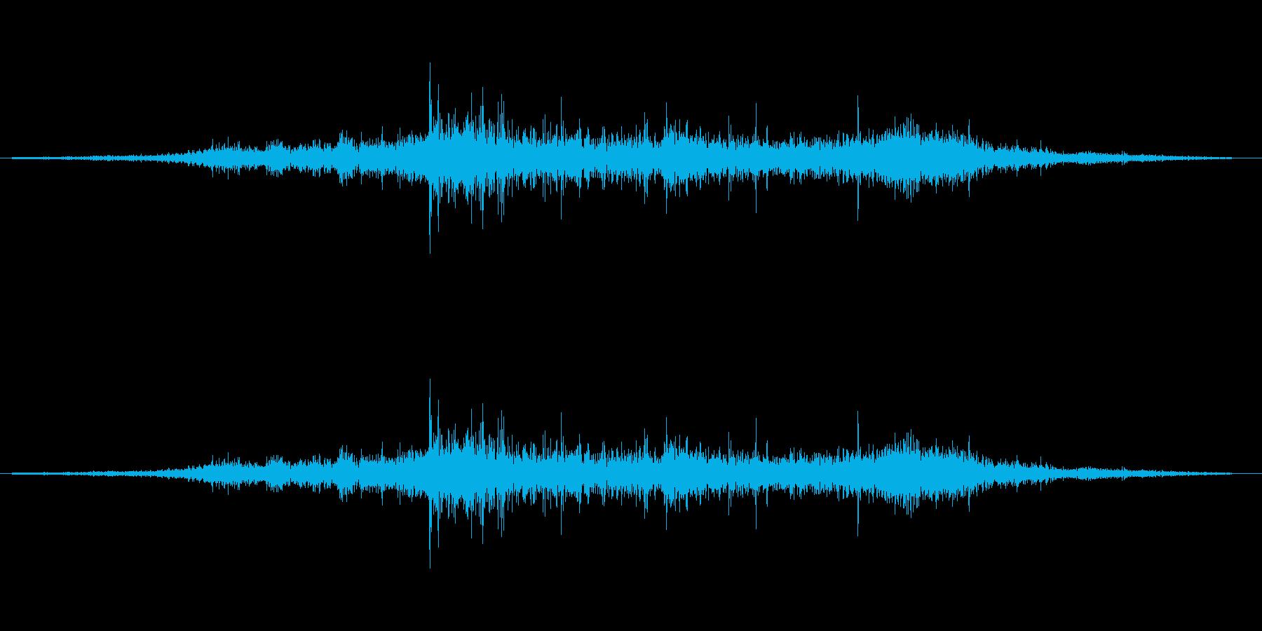 衣擦れ2(シュルル)の再生済みの波形