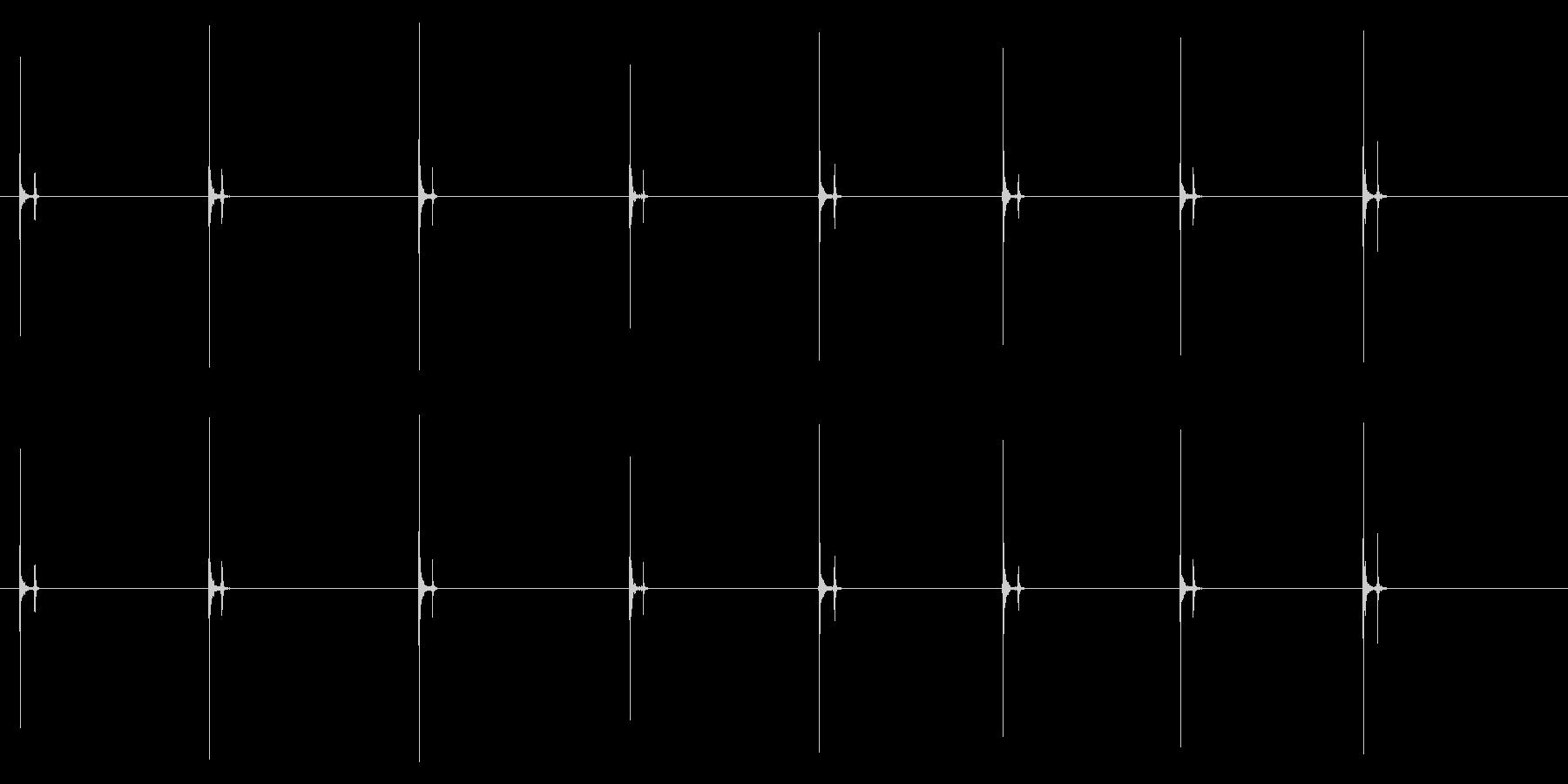 PC キーボード06-05(単発 強)の未再生の波形